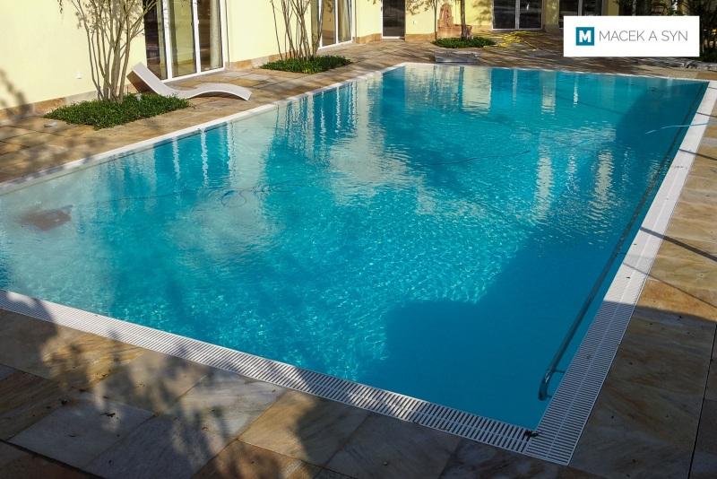 Swimming pool 6 x 12 x 1,4m, Uetliburg-Gommiswald, kanton St. Gallen, Switzerland, Realization 2013